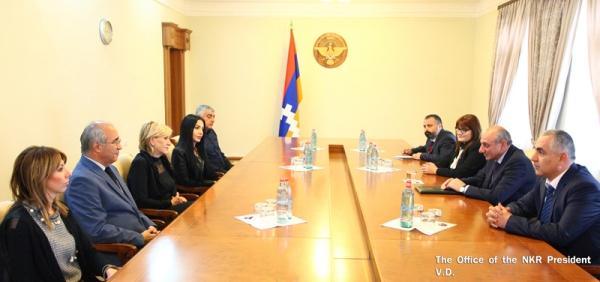Президент НКР принял группу армянских благотворителей из США и Армении