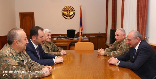 Президент НКР принял министра обороны Армении
